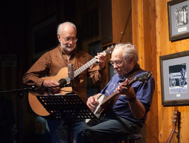 Bill Briggs playing banjo, October 29, 2013